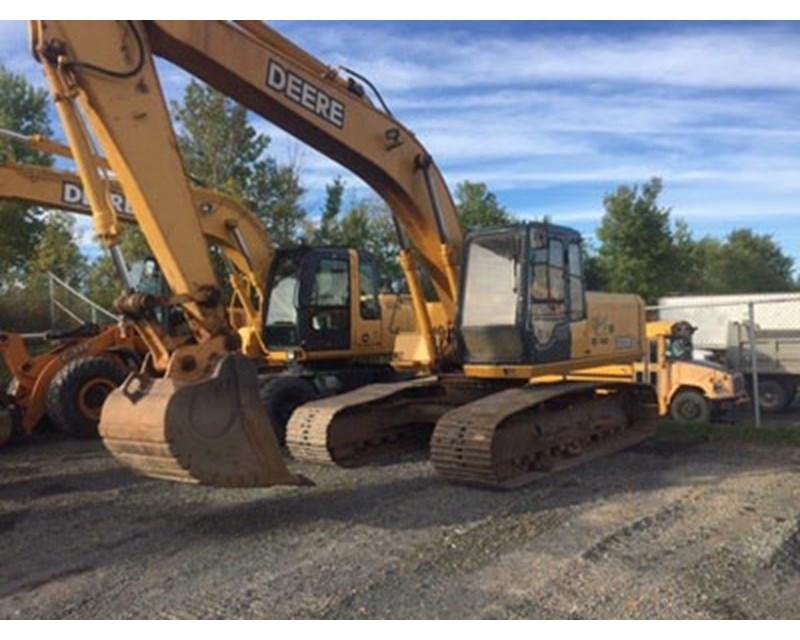John Deere 690 Crawler Excavator