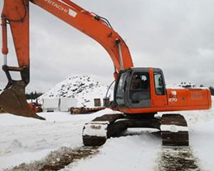 Hitachi 270 Excavator