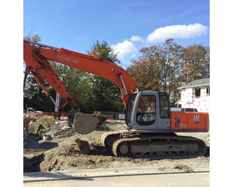 Hitachi EX200-5 Excavator