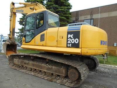 2005 Komatsu PC200 Excavator