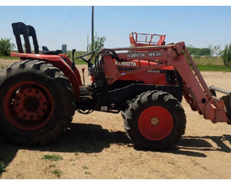 Kubota M5400 Tractor