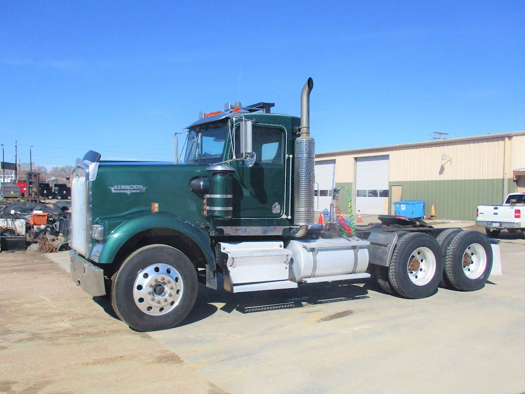 1997 Kenworth W900 Day Cab Truck For Sale