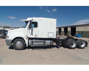 Freightliner Columbia Sleeper Truck