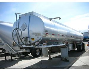 Fruehauf 3AXLE, 9400 GALLON, 2 COMPT CRUDE TANK Crude Oil Tank Trailer