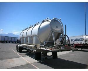 Polar Dry Bulk / Pneumatic Tank Trailer