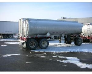 Heil 1973 HEIL 3 AXLE PULL TRAILER, TWO OMPARTMENT Gasoline / Fuel Tank Trailer