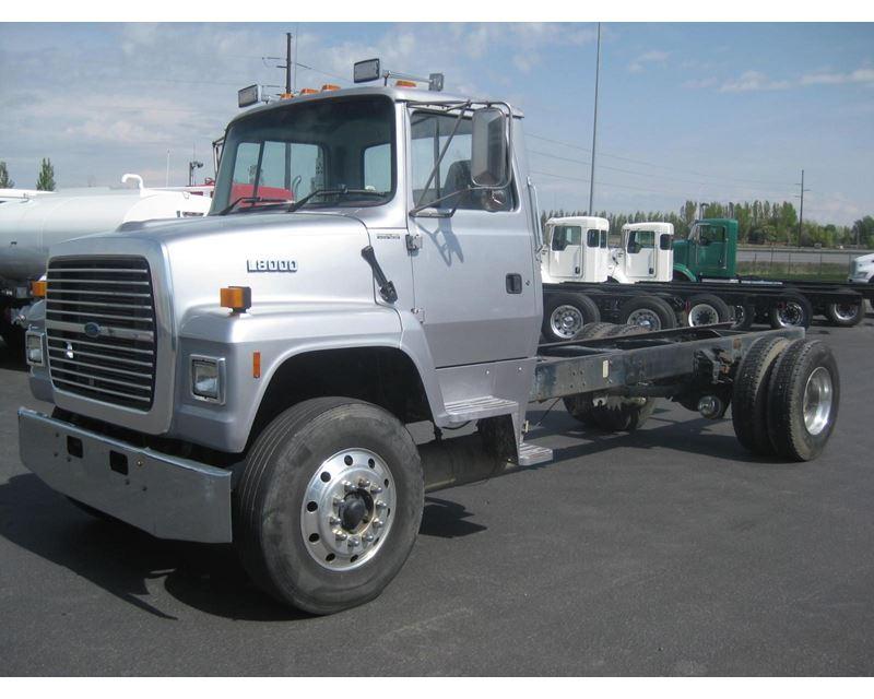 ford heavy truck l8000 parts. Black Bedroom Furniture Sets. Home Design Ideas