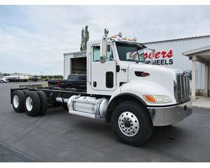 Peterbilt 340 Heavy Duty Cab & Chassis Truck