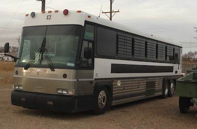 2007 Motor Coach Industries D4000 Bus
