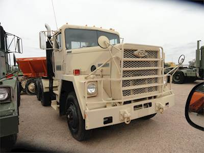 1983 AM General M915A1 Cab & Chassis Truck