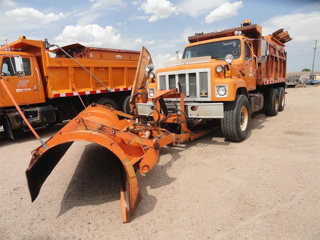 1994 International 2574 Dump Truck