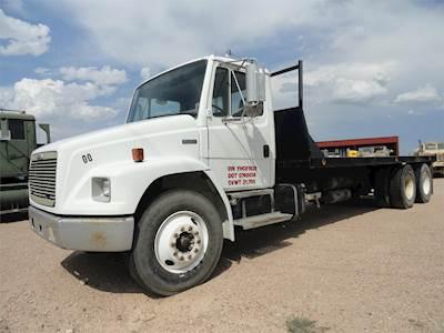 2000 Freightliner FL80 Flatbed Truck