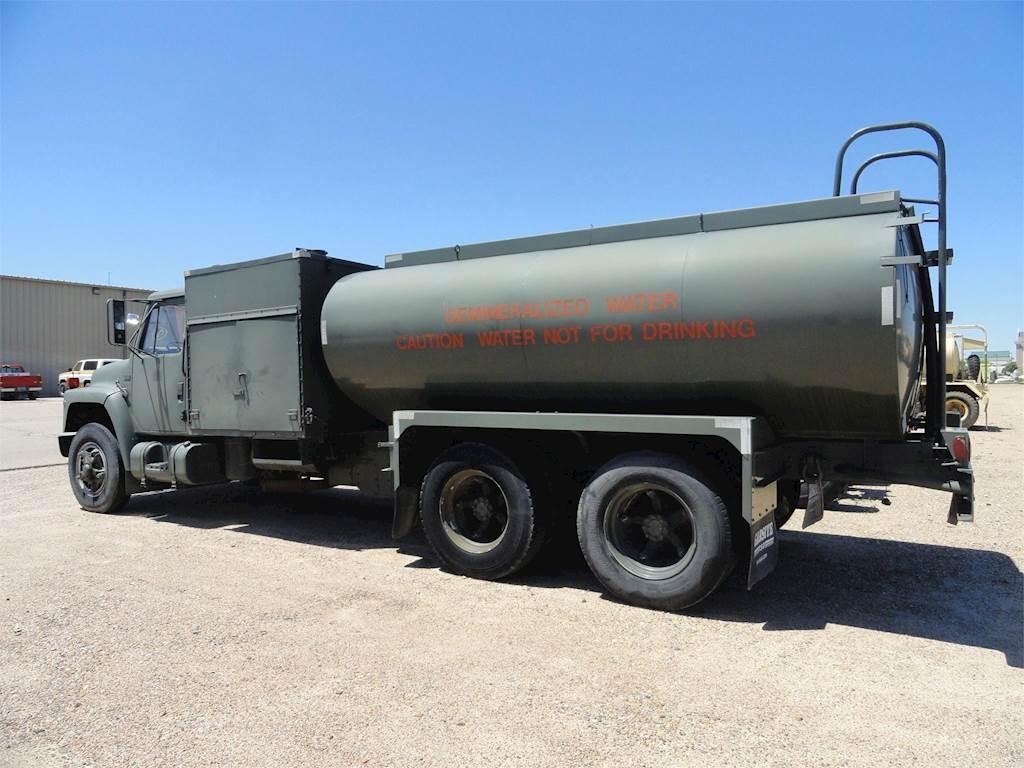 1989 International S1900 Water Truck