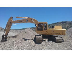 John Deere 790DLC Excavator