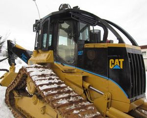 Caterpillar 527 Skidder