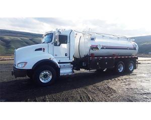 Kenworth T400 Gasoline / Fuel Truck