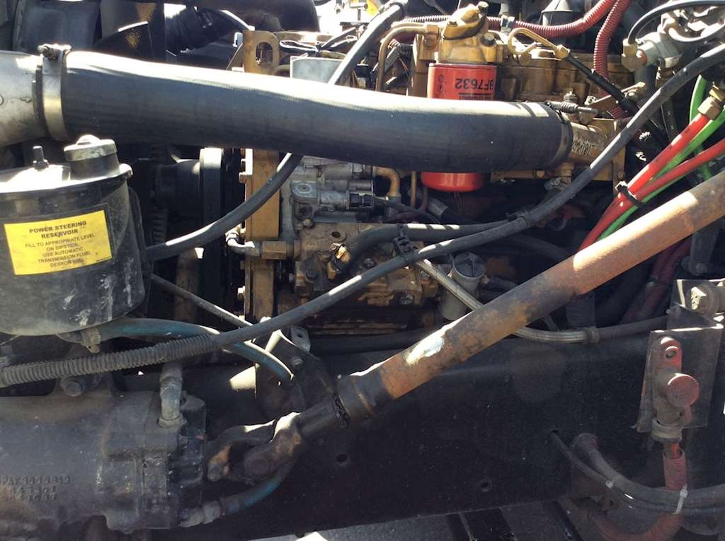 Caterpillar 3126 Air Compressor for a 2002 Freightliner FL70 For Sale |  Ucon, ID | 60517-13 | MyLittleSalesman com