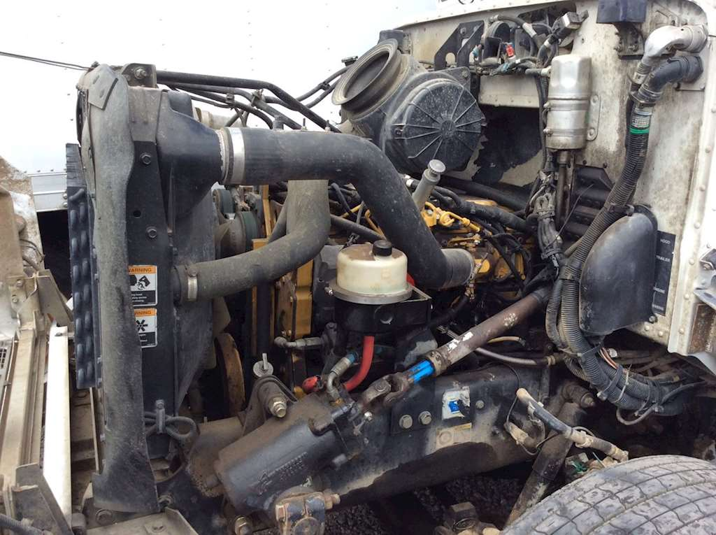 Caterpillar 3126 Engine For A 2003 Peterbilt 330 For Sale
