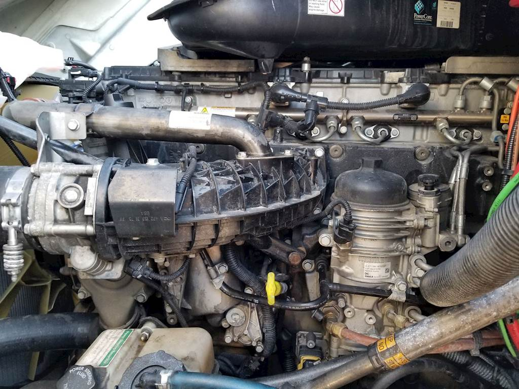 Detroit Dd15 Engine For A 2015 Freightliner Cascadia 125