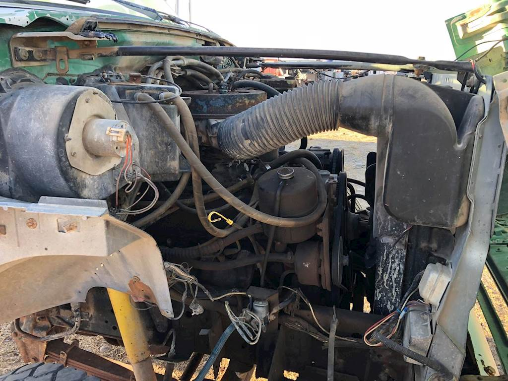 Ford 429 Engine for a 1989 Ford F800