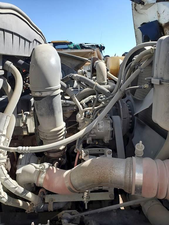 International DT466 Engine for a 2009 International 7400 For Sale | Ucon,  ID | 50219-11 | MyLittleSalesman com