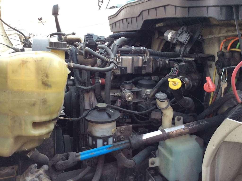 International DT466 Engine for a 2008 International 4300 ...