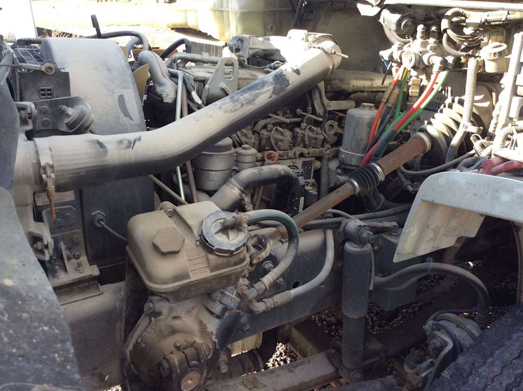 Mercedes benz mbe 900 engine for a 2005 freightliner m2 for Mercedes benz diesel engines