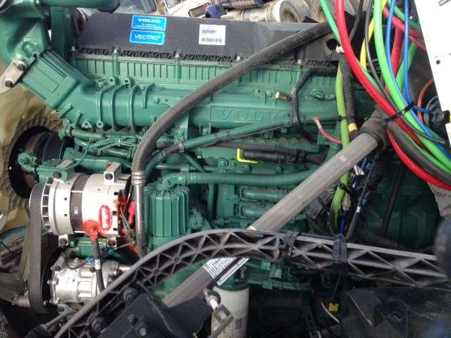 volvo d13 engine for a 2017 volvo vnl for sale