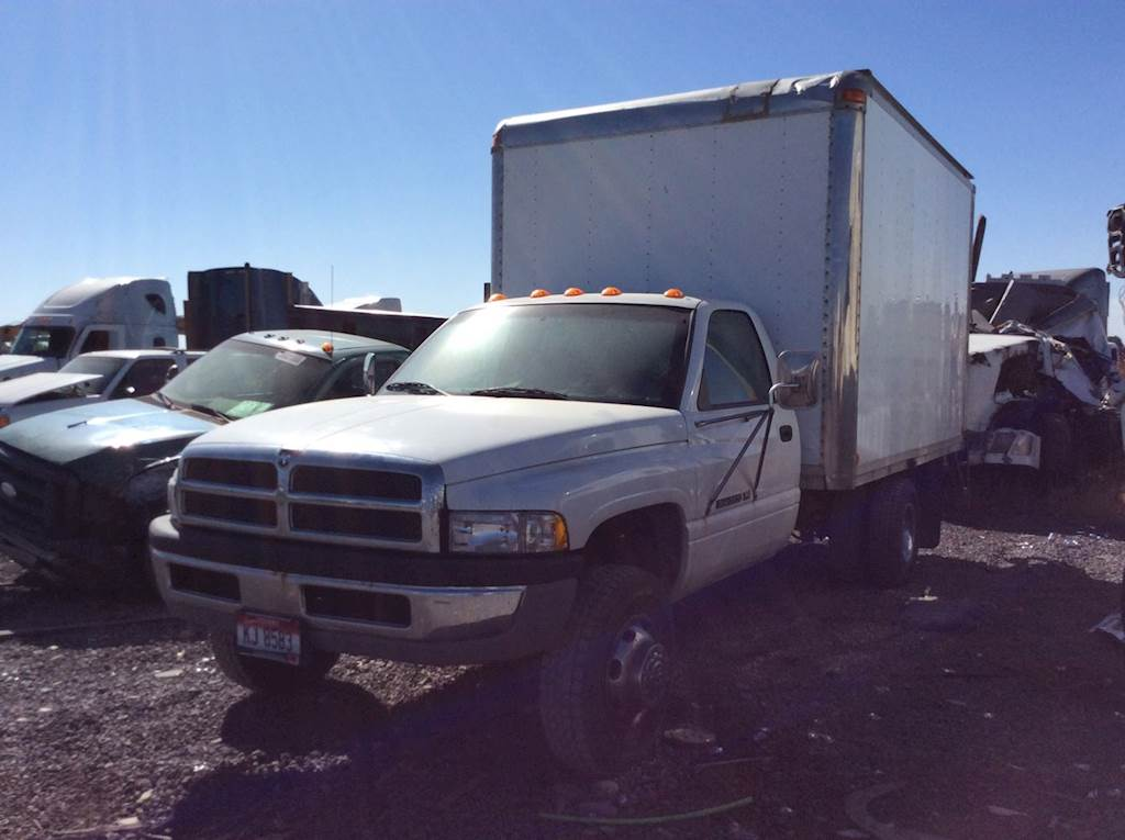 Dodge 3500 For Sale >> Dodge Ram 3500 Hood For A 2000 Dodge 3500 For Sale Ucon Id