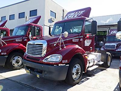 Freightliner Trucks For Sale | MyLittleSalesman com | Page 135