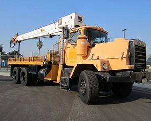 Mack RD688SX Crane Truck