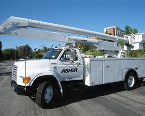 Altec AM600 Boom Lift