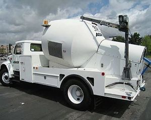 International 4700 Sewer Truck