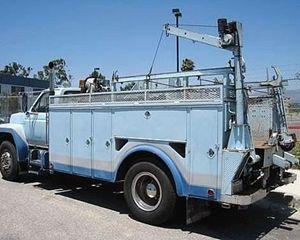 Ford F800 Winch Truck
