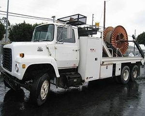 Ford F900 Winch Truck