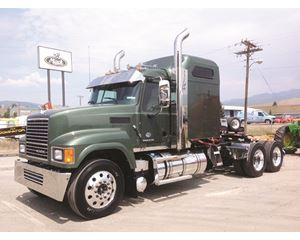 Mack CHU613 Rawhide Sleeper Truck