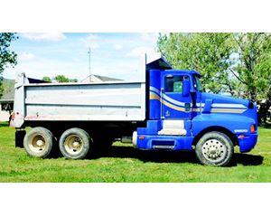 Kenworth T600 Dump Truck