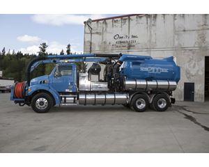 Vactor 2100 Sweeper / Vactor