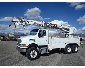 Sterling A9500 Digger Derrick Truck