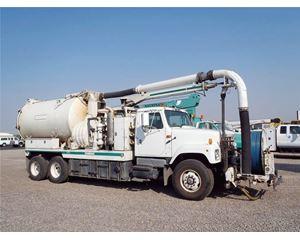 International 2554 Sewer Truck
