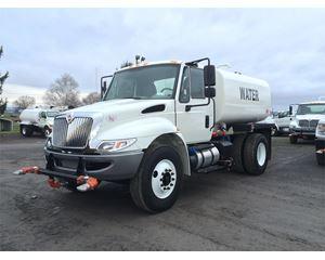 International 4300 Water Tank Truck
