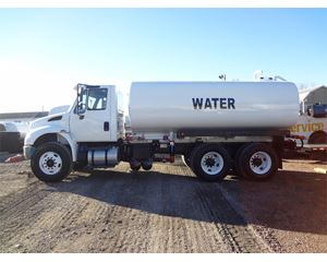 International 4400 Water Tank Truck