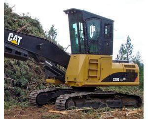 Caterpillar 320 DFM Log Loader