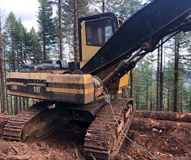 2002 Caterpillar 330B Log Loader with Pierce Grapple For