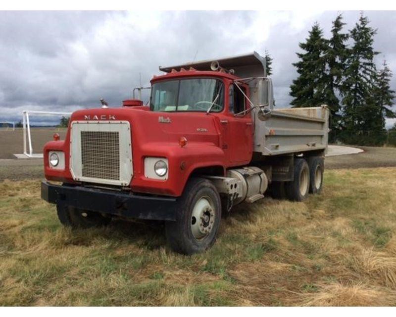 1979 Mack Tractor Truck : Mack rl lst heavy duty dump truck