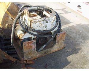CASE Smooth Drum Compactor