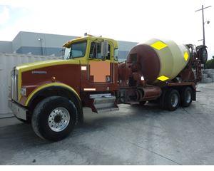 2000 Kenworth W900B Mixer / Ready Mix / Concrete Truck