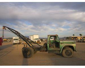 GMC V4005P Bucket / Boom Truck