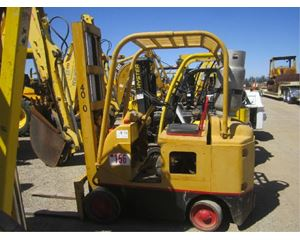Tow Motor Tow Motor_461RS Forklift