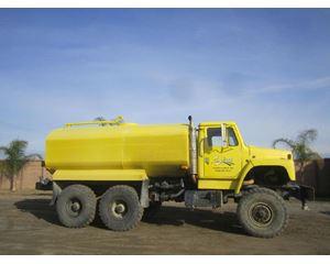 International International_1854 Water Truck